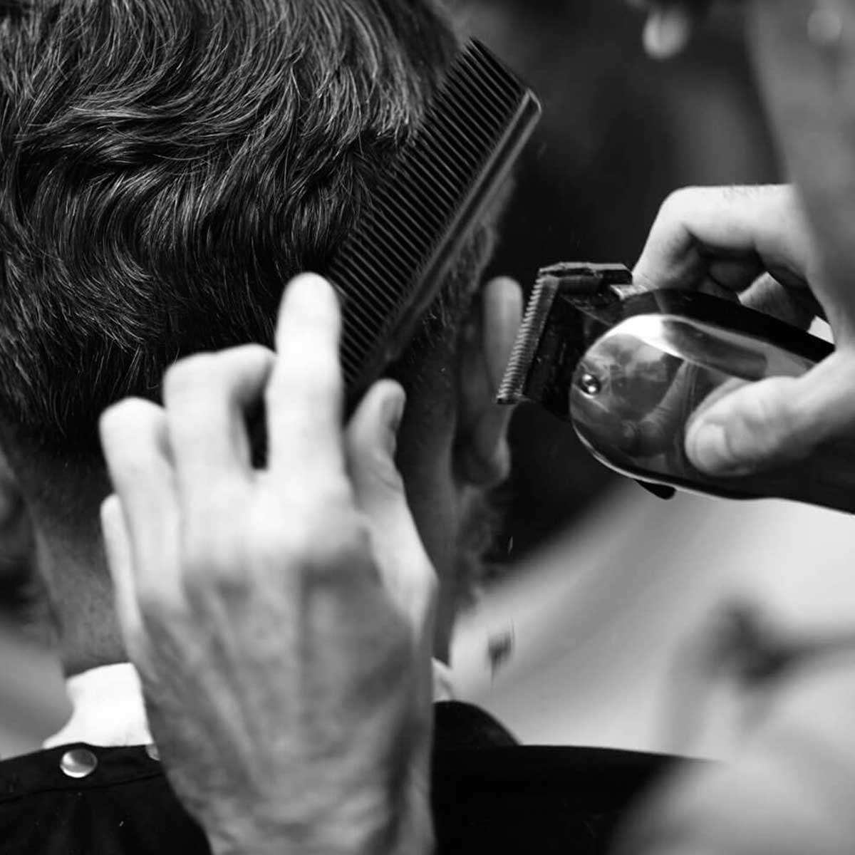 maquina de cortar cabelo barbeiro